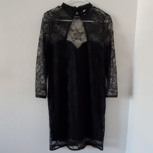 H&M Dresses - Long Sleeve Lace Dress